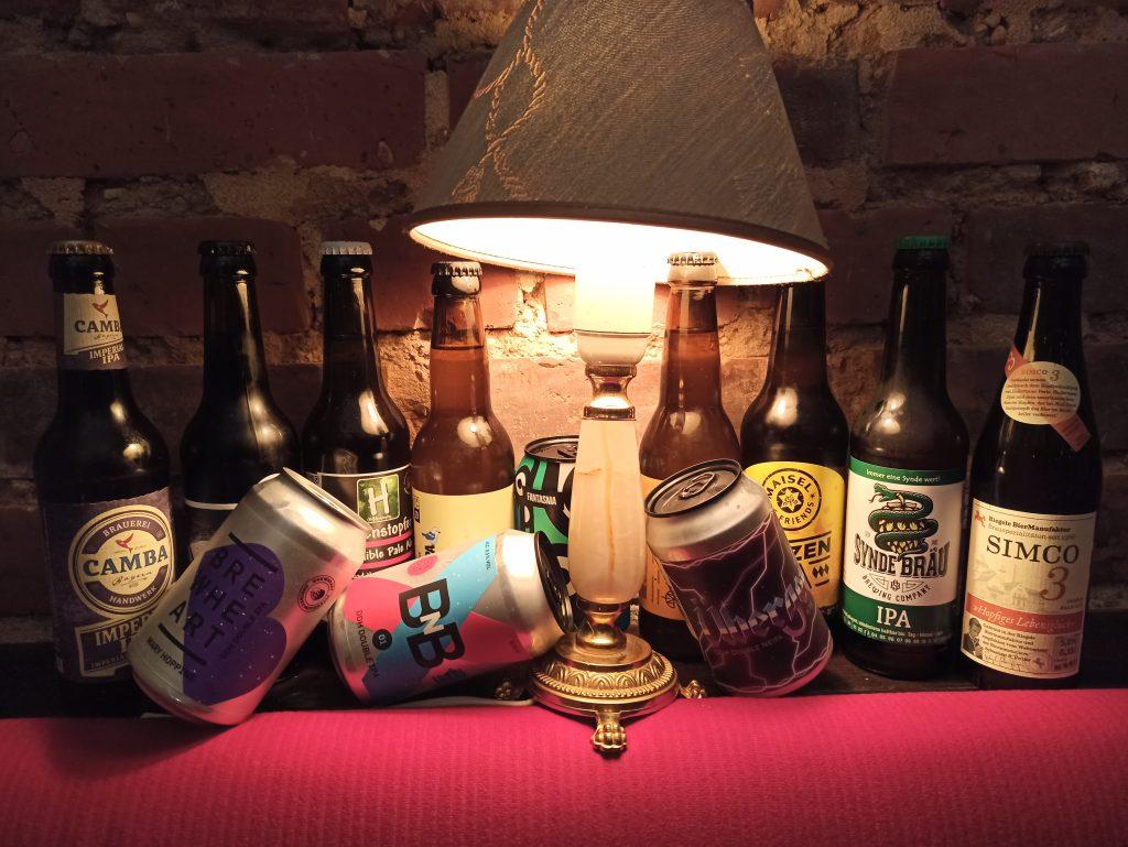 Zusammenstellung verschiedener Biere